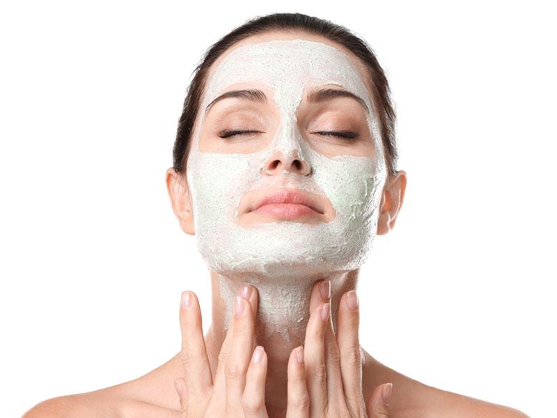 لایه برداری برای از بین بردن تیرگیهای پوست